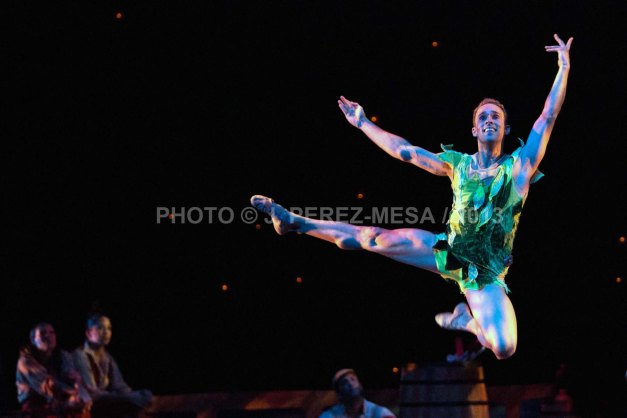 Omar Nieves Delgado is Peter Pan in CoDa21's Peter Pan 2013 (Photo © J. Perez-Mesa / 2013)